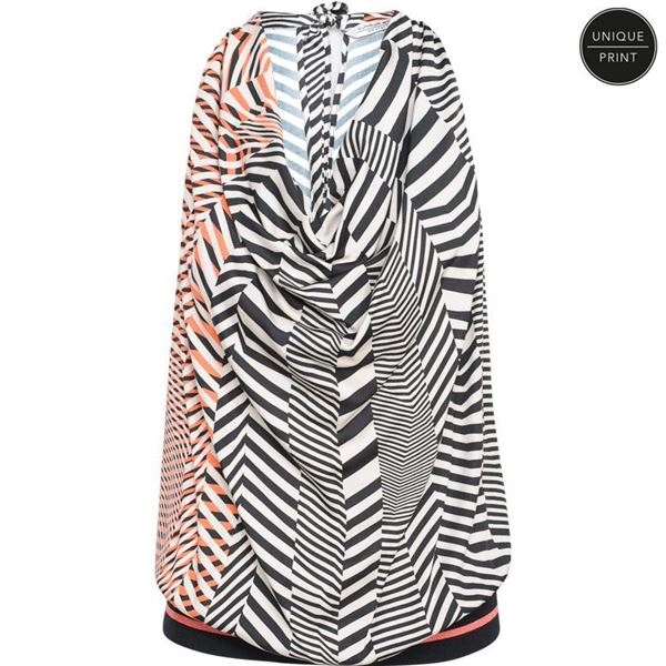 Summum Top Graphic Print