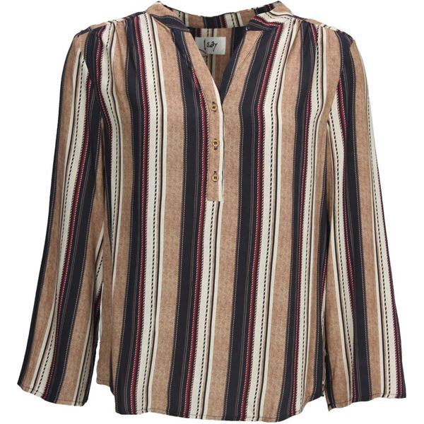 isay annica shirt